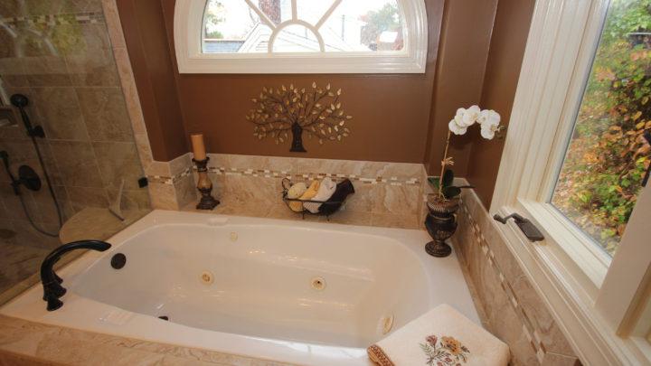 Portofino Raleigh Bath Tub