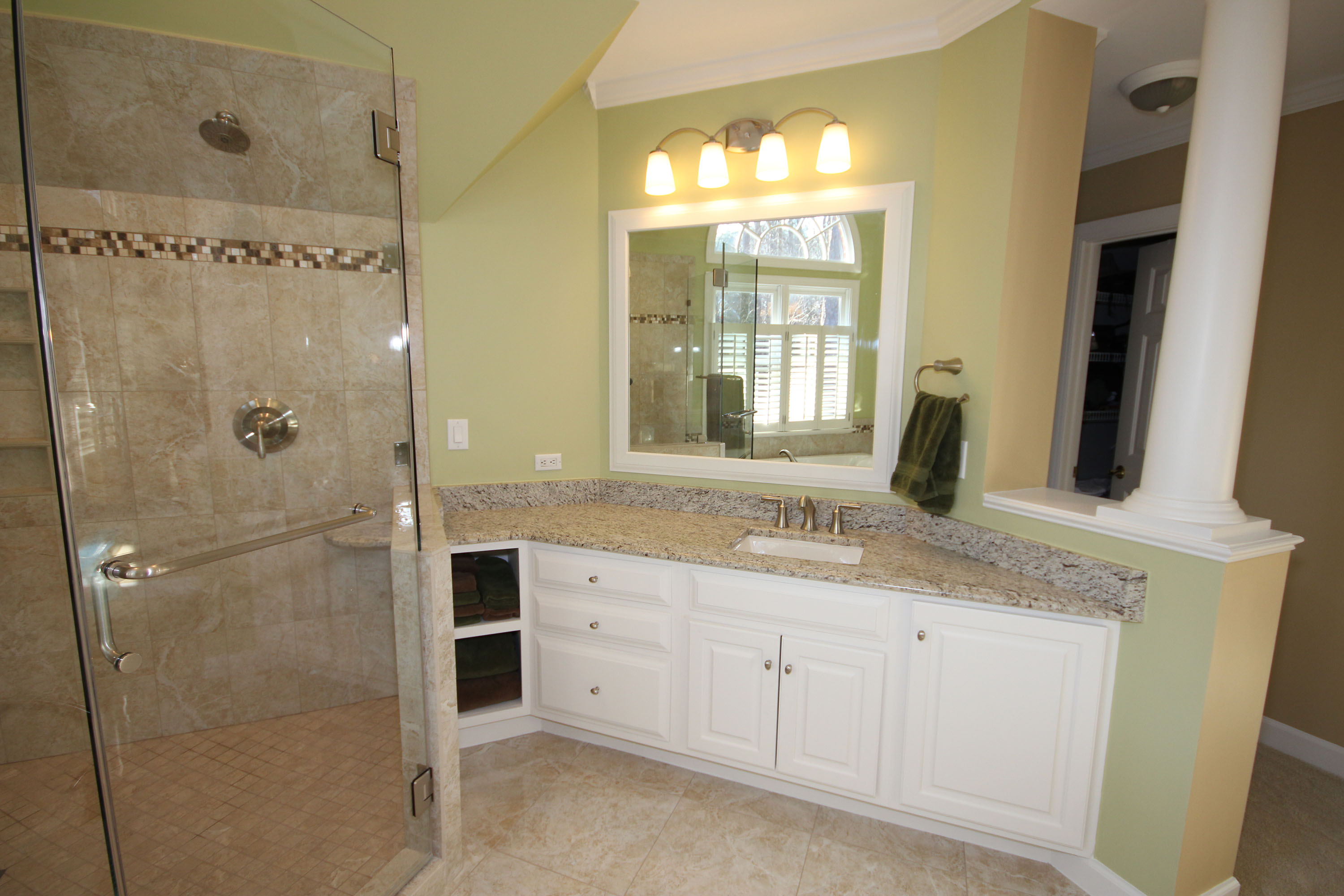 Light Colored Custom Cabinets The Bath Remodeling Center Llc