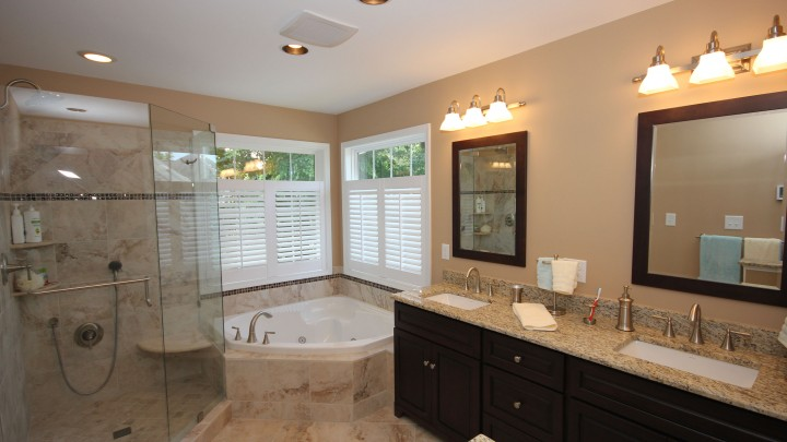 corner-tub-custom-tile-raleigh