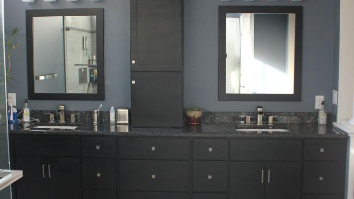 dark-cabinets-modern-raleigh