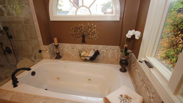 Built-In-Tubs
