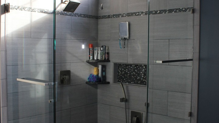 shower-door-install-raleigh