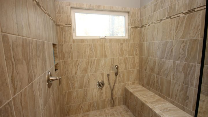 Bathroom 10